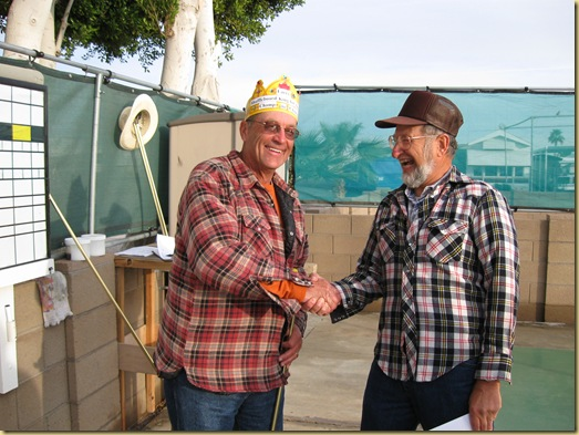2010-01-30 - AZ, Yuma - Cactus Gardens - Shuffleboard - Rooster Award - Larry-2
