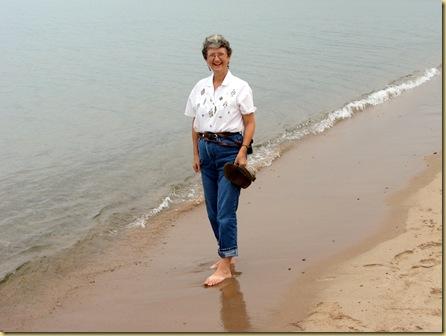 2009 - August - Lake Superior Beach Slideshow-4