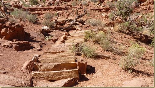 2010-09-11 - UT, Arches National Park - Park Avenue Hike -1111