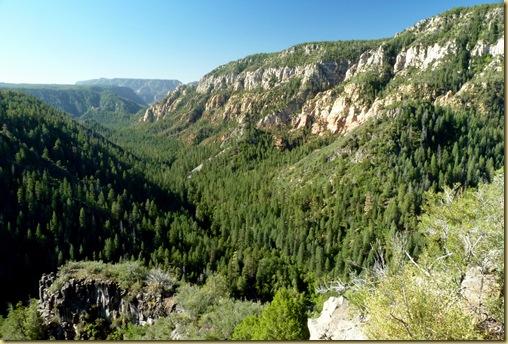 2010-09-23 - AZ, Flagstaff to Sedona via 89-A thru Oak Creek Canyon  (8)