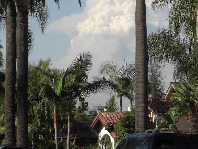 Un gros nuage...et plein de cendres