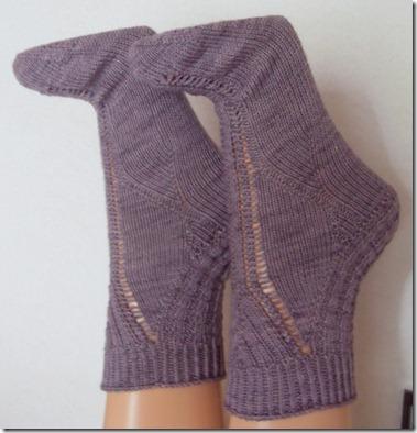 2011_05 Socken Thanks in lila (3) (769x800)