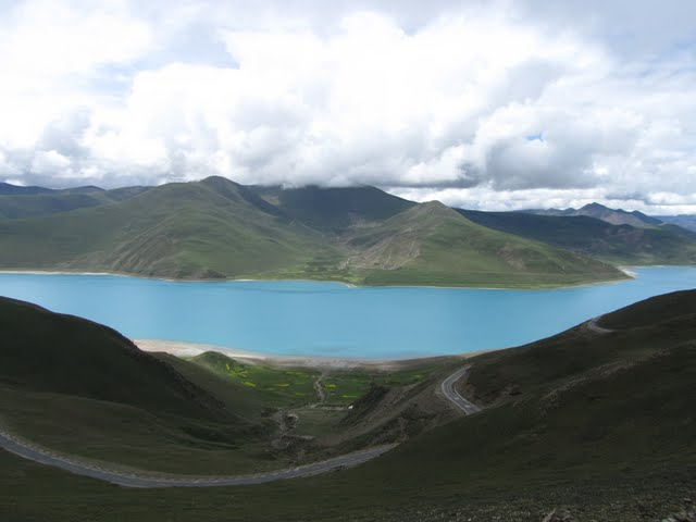Yamdrok Lake