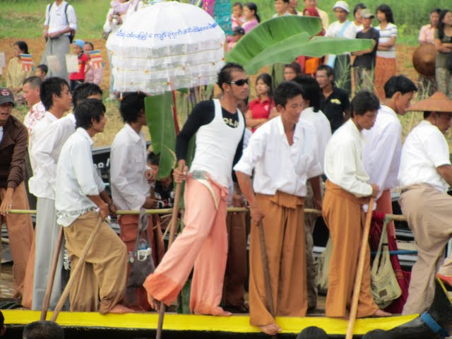 Inle Lake festival