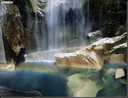 ELTALLERDELABRUJAMAR_Natural PhenomenonVernal Falls California
