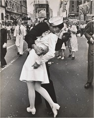 the kiss sailor