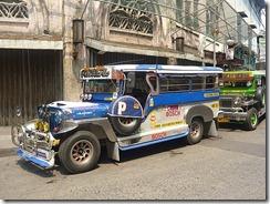 1.1280806351.manila-jeepney-er-public-bus