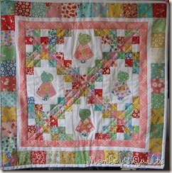 EB 2010 Doll Quilt that I made (3)