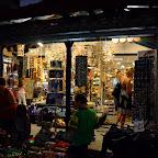 Mare magazin de multe nimicuri...