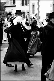 folk-dance001