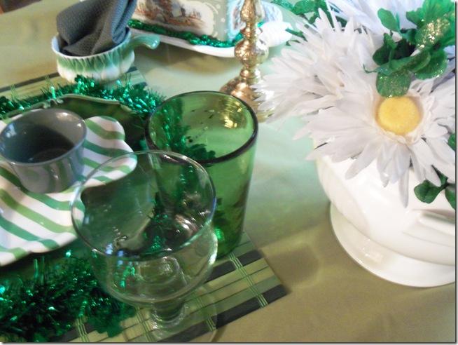 St. Patrick's tablescape 003