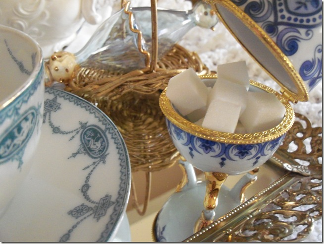 Antique blue teacup 018