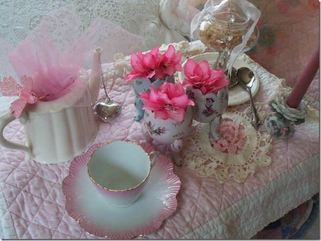 soft and pretty pink tea 007