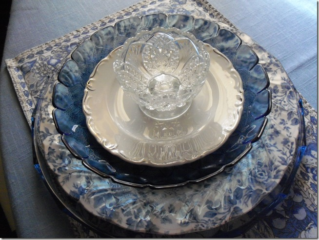 Blue chintz table with food 011