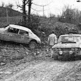 Coltelloni in the Citroen takes a detour whilst the crew of XJB303H try figure out what to do about a blocked road caused by a couple of crashed trucks. Somewhere on the Serbian Prime