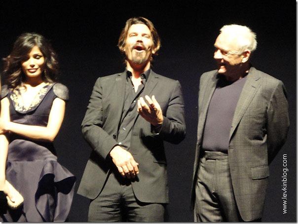 Джош Бролин не смог сдержать смеха на североамериканской премьере нового фильма Вуди Аллена.
