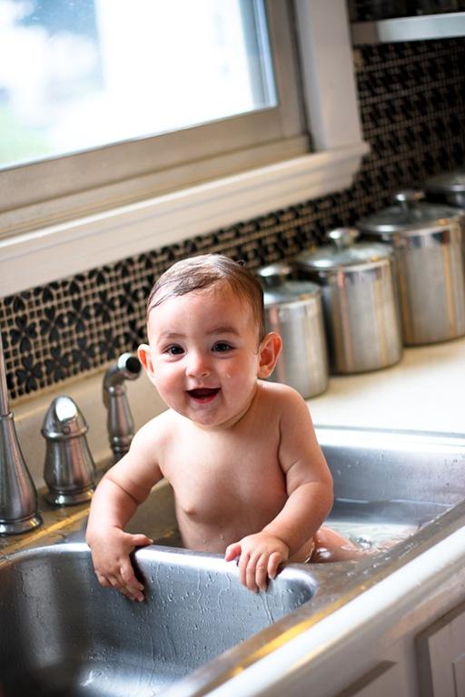 Boston Shumways: baby in sink