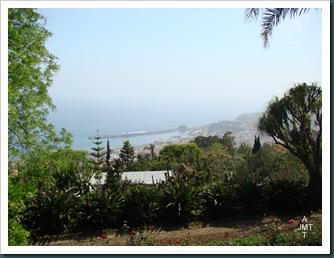 DSC03333-Funchal-port-depuis jardin botanique BW