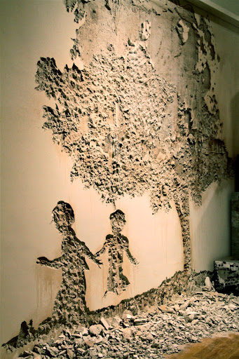 Vhils