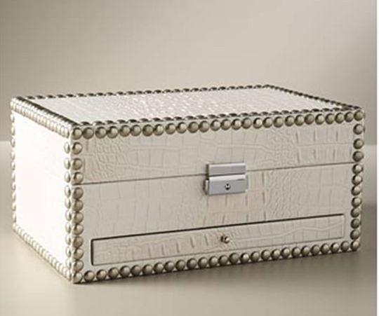 neiman_marcus_faux_croc_jewelry_box_nailhead_nail_head_trim_ivory_crocodile_embossed_leather_chest_silver_hardware