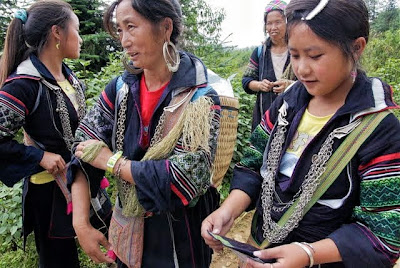 hmong culture, hmong trekking guides in sapa