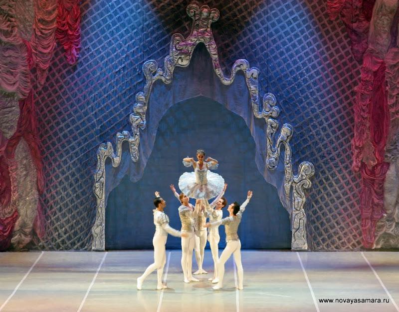 Открытие 80-го театрального сезона в оперном театре