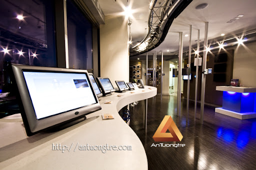 Thiet Ke Showroom May Tinh1`