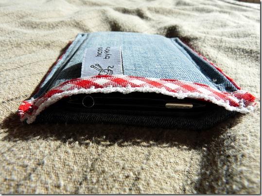 iPhone Tasche mit Kopfhörerfach (4)