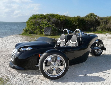 V13R Campagna Motors 3 Wheel Roadster 2