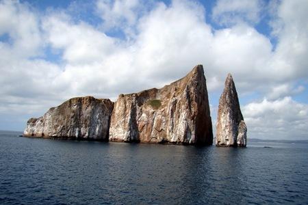 Galapagos Kicker Rock 01