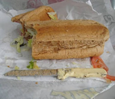 7-inch knife found in a Subway Bun 01
