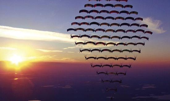 10-parachutesatsunset81inform-skydiving-lifestyle