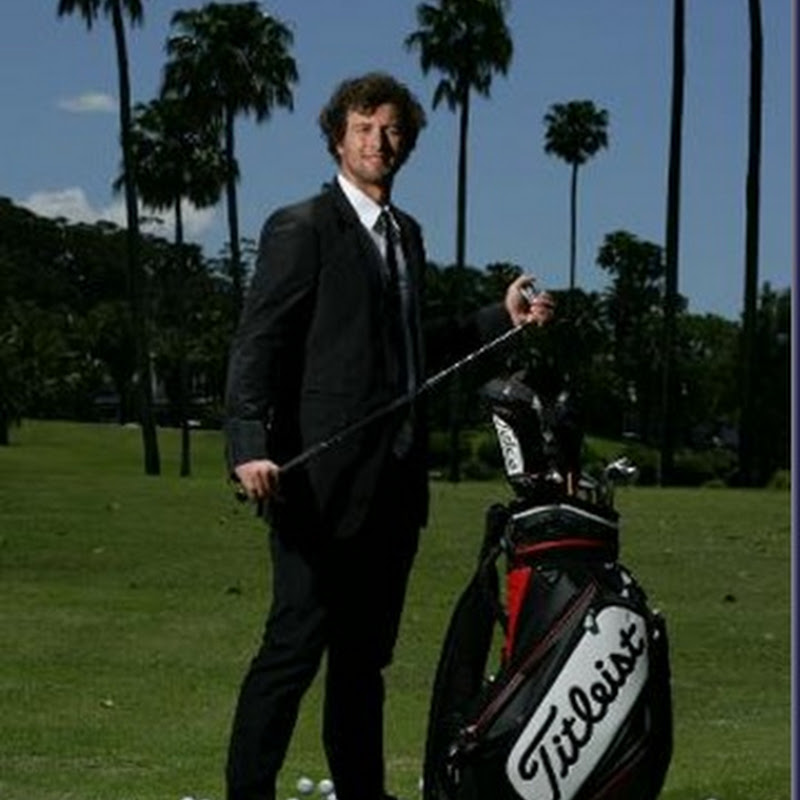 What's In The Bag 2010 - Adam Scott