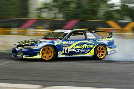 Models (and some panning shots) - At the Formula Drift