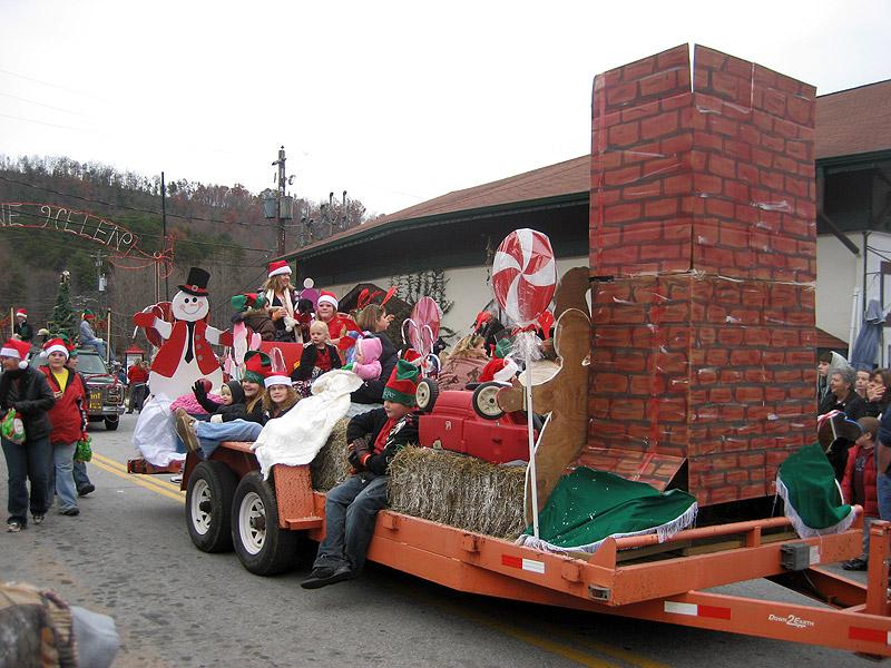 Helen Christmas Parade