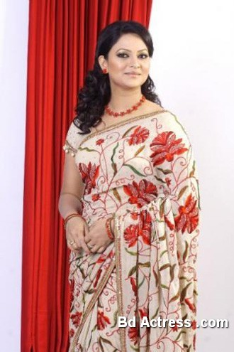 Bangladeshi Actress Richi Solaiman-12