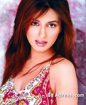 Pakistani Actress Iman Ali Photo-04