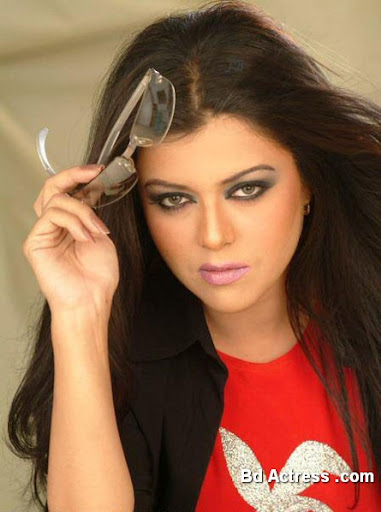 Pakistani Actress Maria Wasti Photo-03