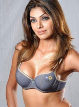 Bollywood Actress Sherlyn Chopra Thumbnail