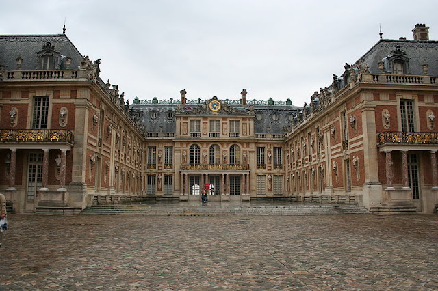 Palace_of_versailles.JPG