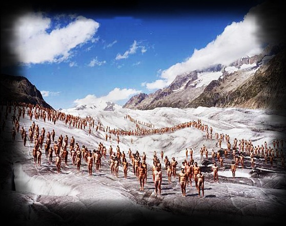Spencer-Tunick-Switzerland-Aletsch-Glacier-1-greenpeace