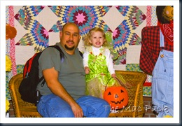 Savannah & Daddy at HGFB Trunk or Treat (1)