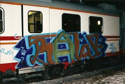 Raw - 1996 (2)