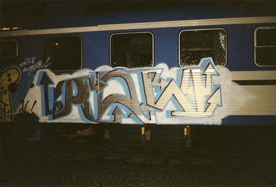 Raw - VL 1998