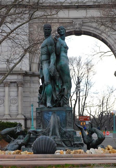 3. Statues-k
