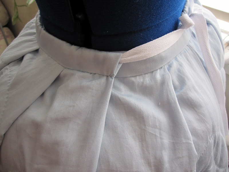 Side of petticoat - you can see the front panel overlapping the back
