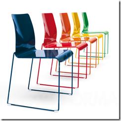 färgglada stolar