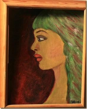 vihreatukkainen nainen