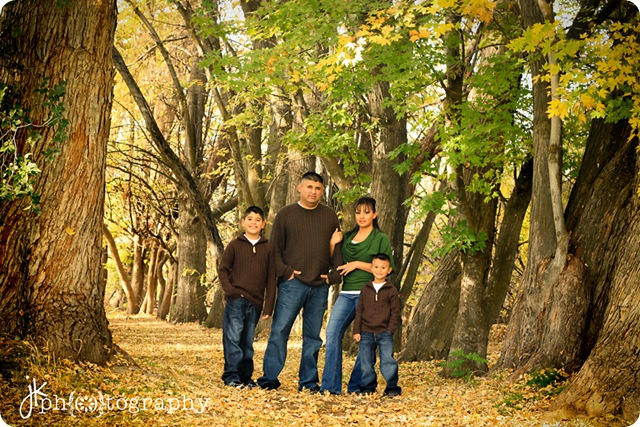 cute family-9787 weblogo