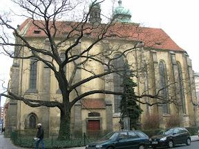 047 - Una iglesia cualquiera.JPG